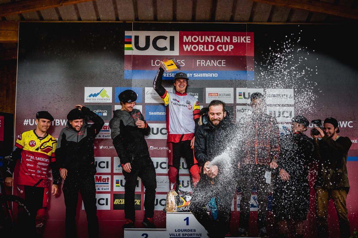 team podium (1)